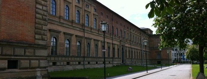 Alte Pinakothek is one of StorefrontSticker #4sqCities: Munich.