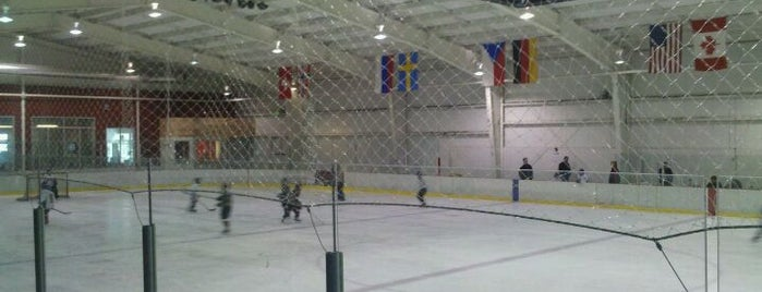Bremerton Ice Arena is one of Lugares favoritos de Jeff.