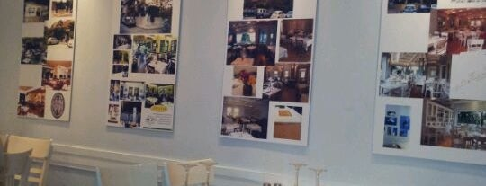 Alexandra Restaurant is one of Athens beloved.