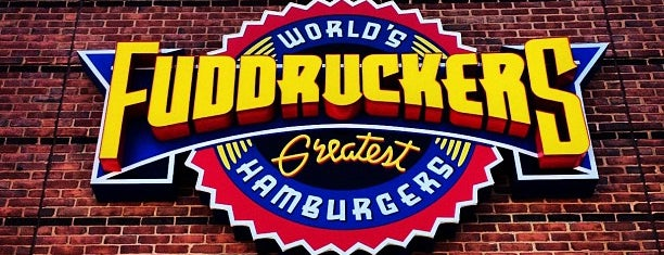 Fuddruckers is one of Lugares favoritos de Zarahi.