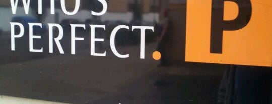 Who's perfect is one of Furniture stores.