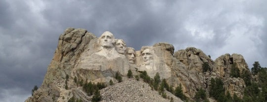Mount Rushmore National Memorial is one of Famous Statues Around the World.