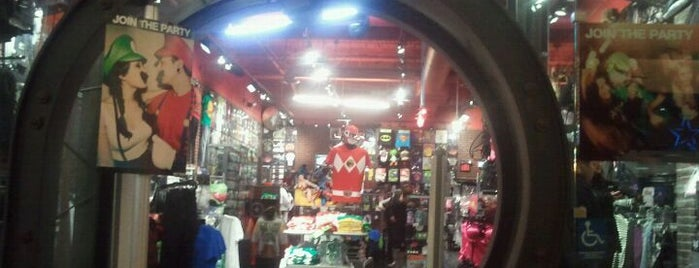 Hot Topic is one of San Francisco.
