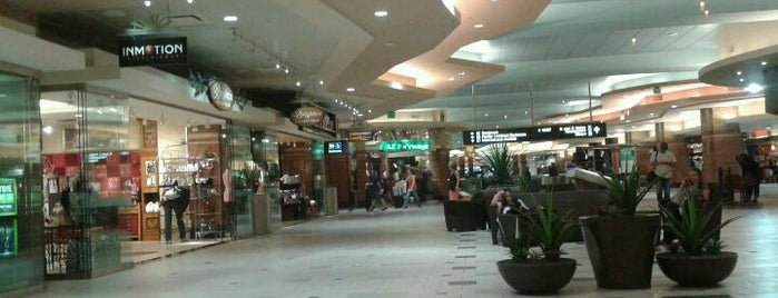 Aeroporto Internacional de Phoenix Sky Harbor (PHX) is one of Must Visit - Phoenix / Valley.