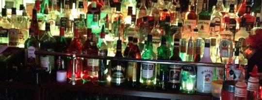 Double Bourbon Street is one of Irinaさんの保存済みスポット.