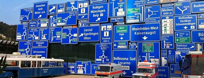 Verkehrshaus der Schweiz is one of Luzern.