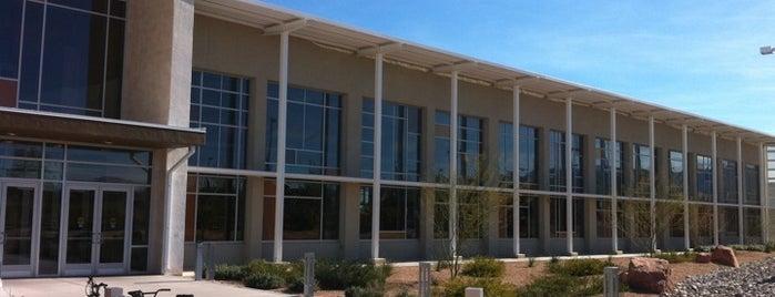 Centennial Hills Library is one of Locais curtidos por Shiloh.