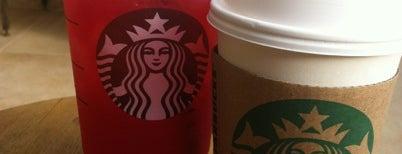 Starbucks is one of Orte, die Chris gefallen.
