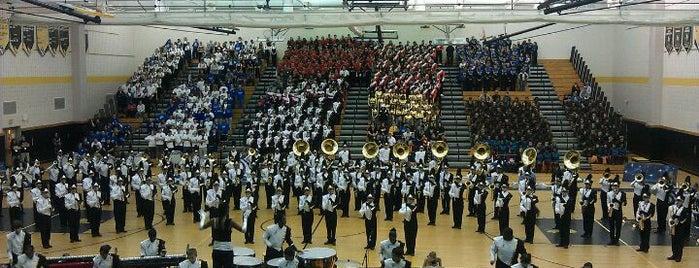 South Brunswick High School is one of สถานที่ที่ Claudia ถูกใจ.