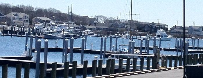 Falmouth Harbour is one of Posti che sono piaciuti a Mike.