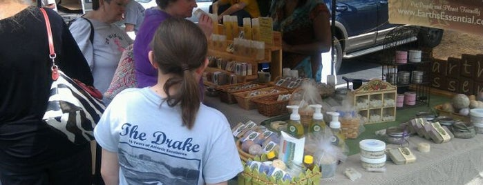 Peachtree City Farmers Market is one of Food.