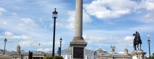 Trafalgar Square is one of Londra.