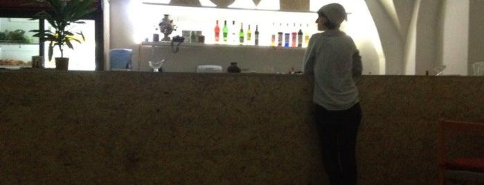 """Fresh Bar """"Mo-Mo"""" is one of Veg."""