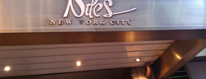 Niles NYC Bar & Restaurant is one of Lieux sauvegardés par Brad.