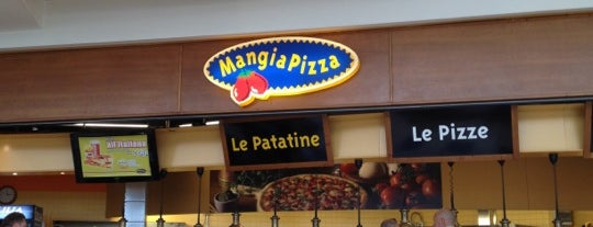 Mangia Pizza is one of Tempat yang Disimpan Valentina.