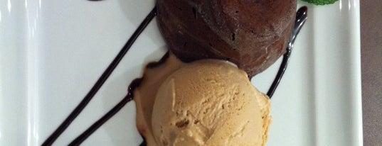 Marco Polo Gelateria & Caffè is one of Restaurantes, Bares e Coffee Shops favoritos.