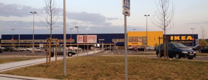 IKEA is one of Avignon adresses.