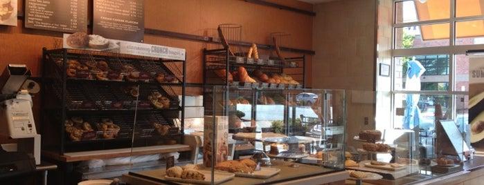 Panera Bread is one of Orte, die Waleed gefallen.