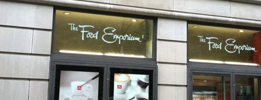 Food Emporium is one of Posti che sono piaciuti a Alberto J S.
