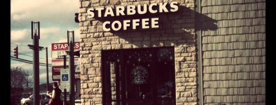 Starbucks is one of Lieux qui ont plu à DaByrdman33.