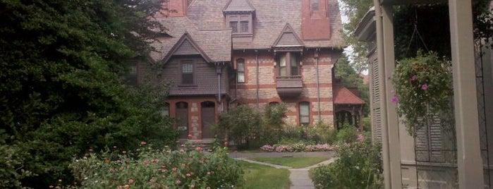 Harriet Beecher Stowe Center is one of Places I've been.