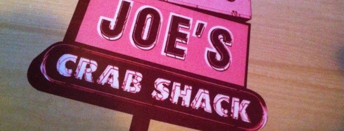 Joe's Crab Shack is one of Lugares favoritos de Scott.