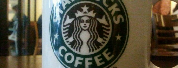 Starbucks is one of Locais curtidos por Ahmet Celil.