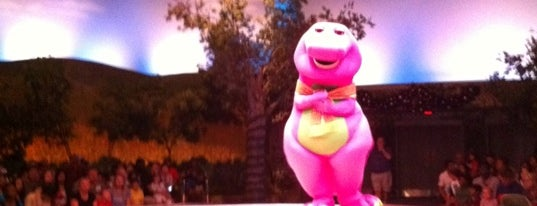 A Day In The Park With Barney is one of My vacation @Orlando.