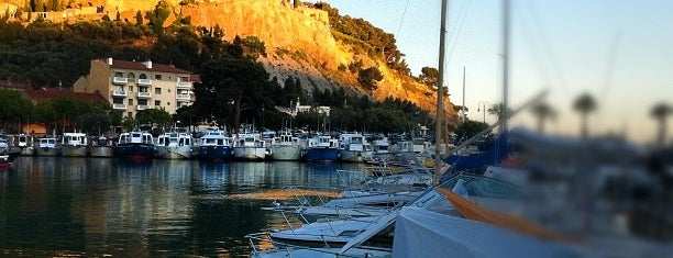 Cassis is one of Marseille.