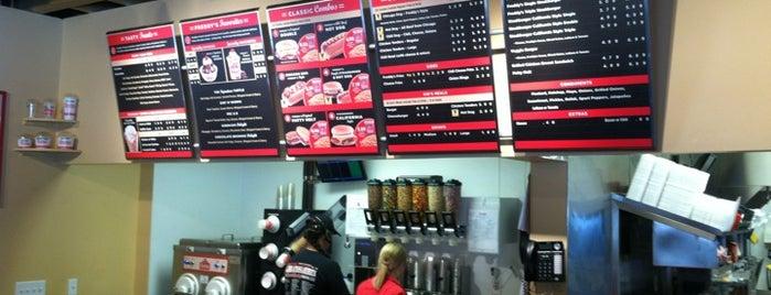 Freddy's Frozen Custard & Steakburgers is one of Tempat yang Disimpan Julia.