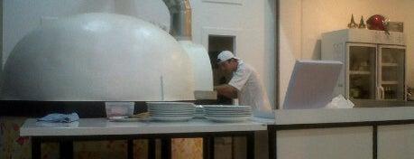 Pizzeria Italia is one of Go to Lanta. Be Bamboocha..
