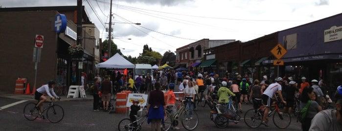 Multnomah Neighborhood is one of Neighborhoods of Portland.