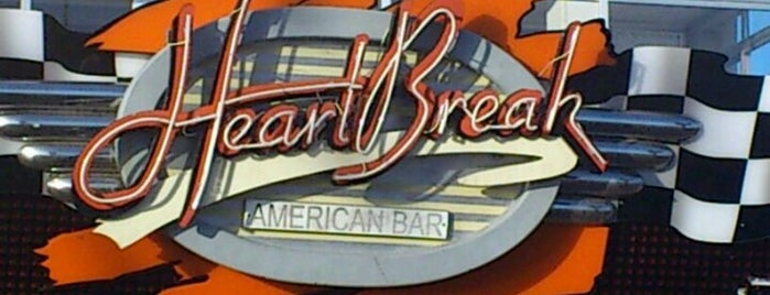 Heartbreak American Bar is one of Tempat yang Disukai Anastasiya.