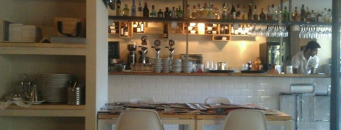 Greener Café is one of Madrid.