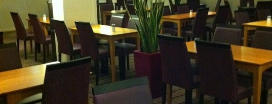 Holiday Inn Express London - Hammersmith is one of Nicolasさんのお気に入りスポット.