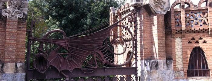Pavellons de la Finca Güell is one of lugares donde me siento bien LA BARCELONA OCULTA.