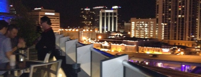 ONE80 Skytop Lounge is one of Dicas de Orlando..