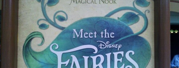 Tinker Bell's Magical Nook is one of My vacation @Orlando.