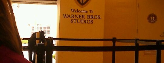 Warner Bros. Studios - Gate 3 is one of Erin 님이 좋아한 장소.