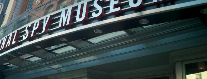 International Spy Museum is one of Top 10 tempat turis di Washington DC.