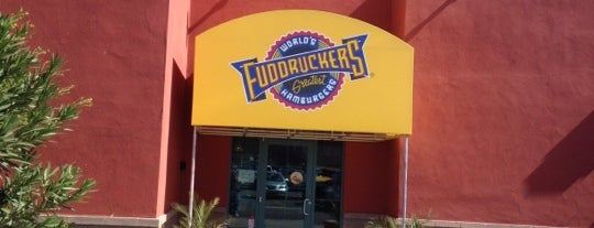 Fuddruckers is one of Lugares favoritos de Daniel.