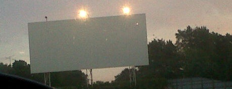 5 Mile Drive-In is one of TAKE ME TO THE DRIVE-IN, BABY.