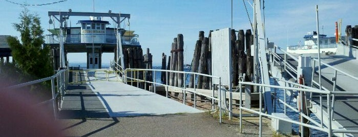 Lake Champlain Ferry (Burlington, VT Dock) is one of Tempat yang Disukai MSZWNY.