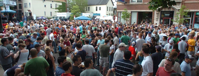 Belmont & Sheffield Street Festival is one of Off Duty: Save Your Own - Chicago Edition.