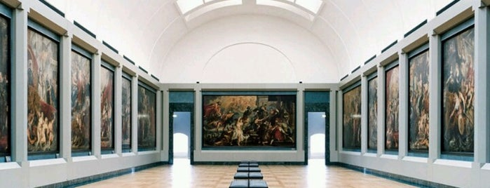 Musée du Louvre is one of Hopefully, I'll visit these places one day....