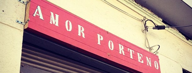 Amor Porteño is one of Valparaíso.