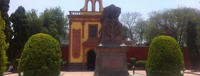 Panteon de los Queretanos Ilustres is one of Orte, die Bere gefallen.