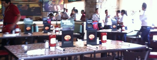 Chili's Grill & Bar is one of Orte, die Techie gefallen.
