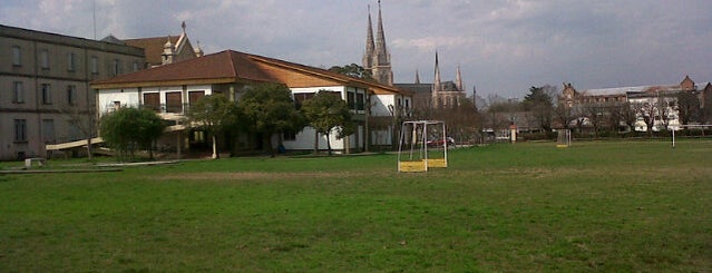 Villa San Jose is one of Orte, die Horacio A. gefallen.