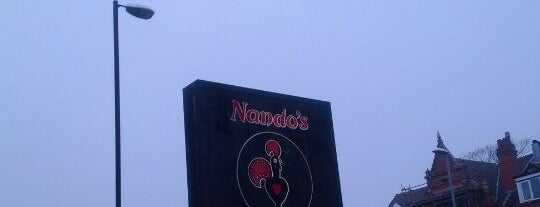Nando's is one of Lugares favoritos de Nina.